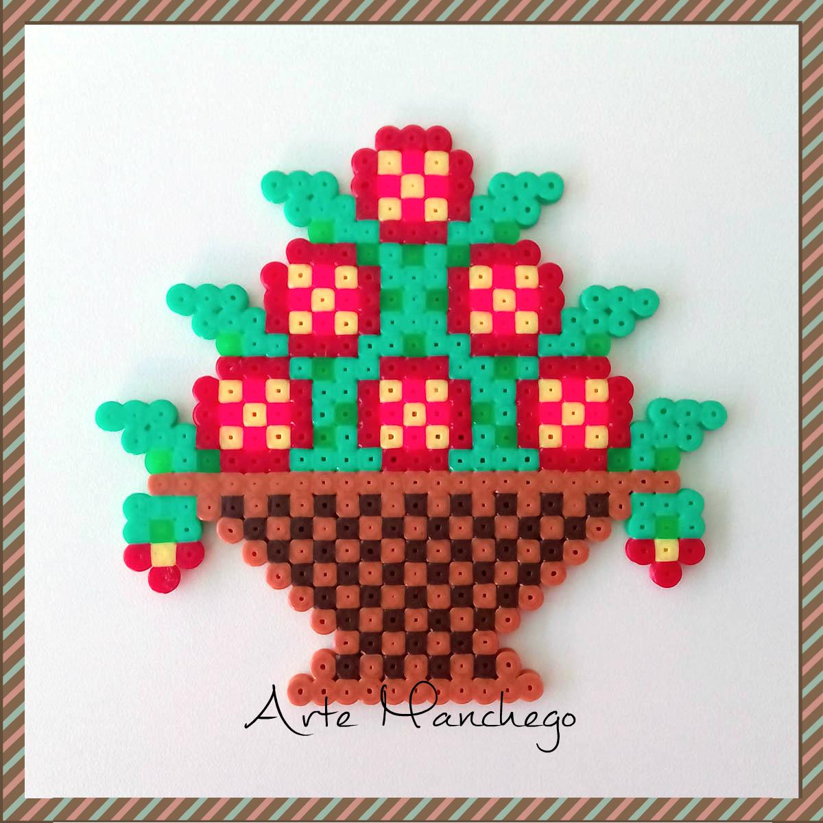 Cesto con flores de Hama Beads