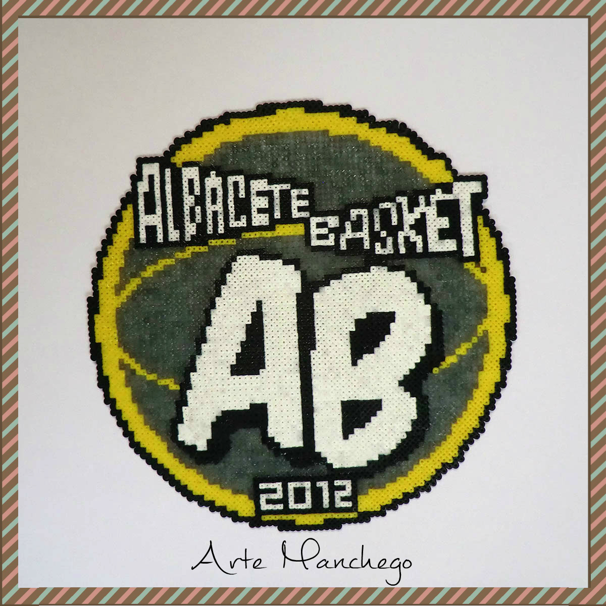 Escudo del Albacete Basket de Hama Beads