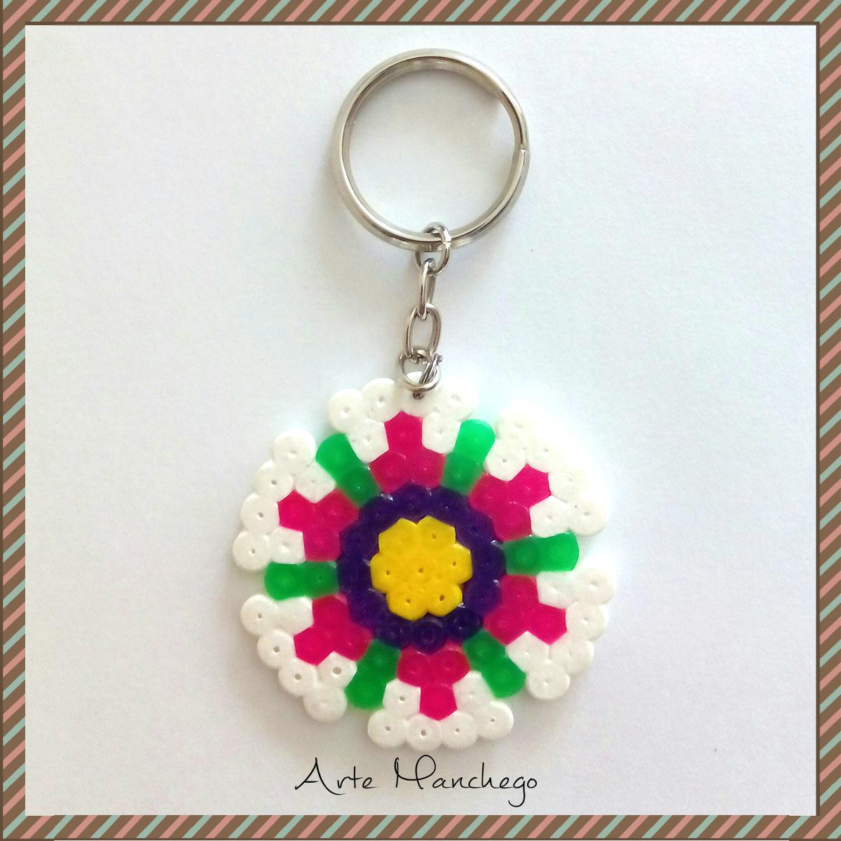 Llavero de flor de Hama Beads