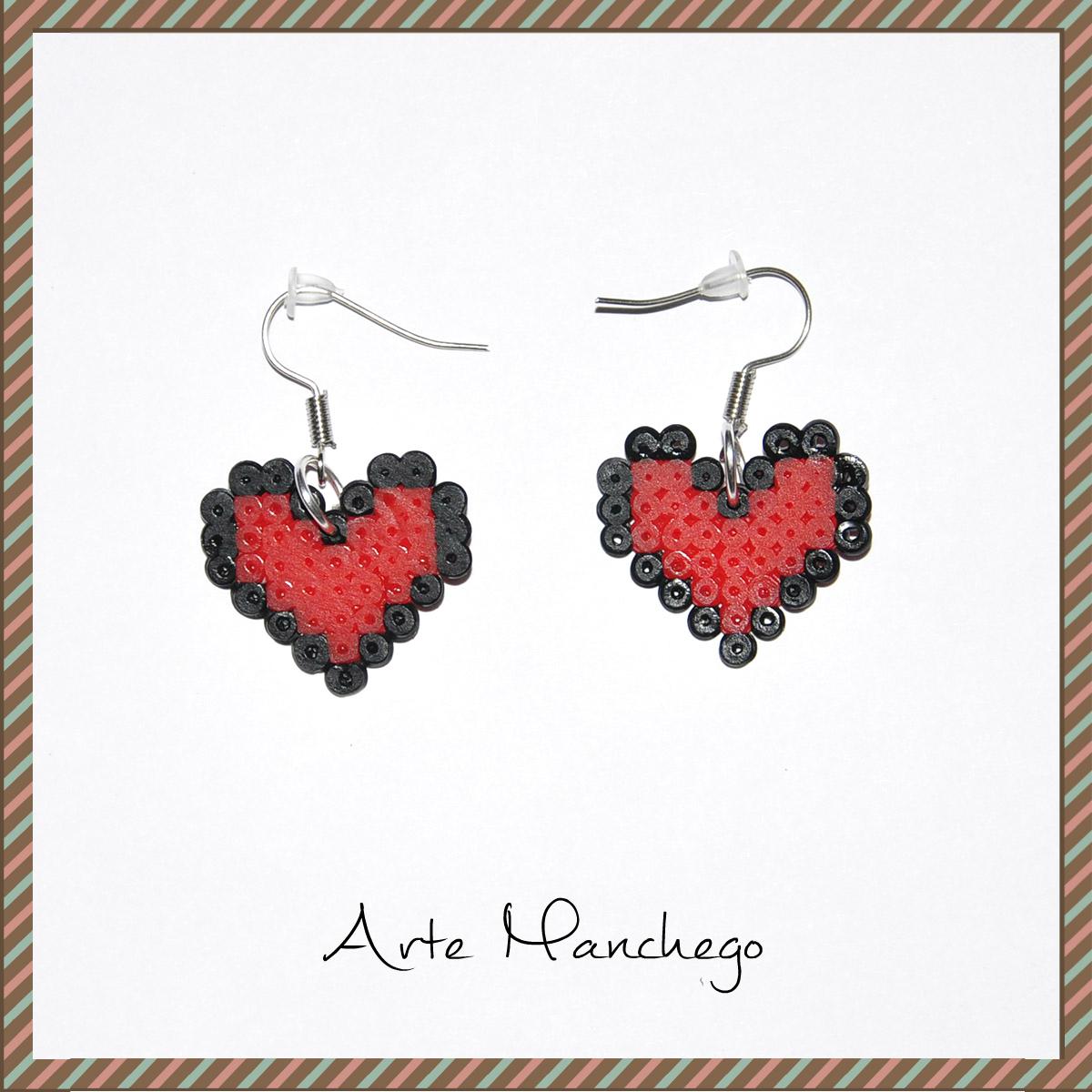 Pendientes de corazón San Valentín color rojo con borde negro