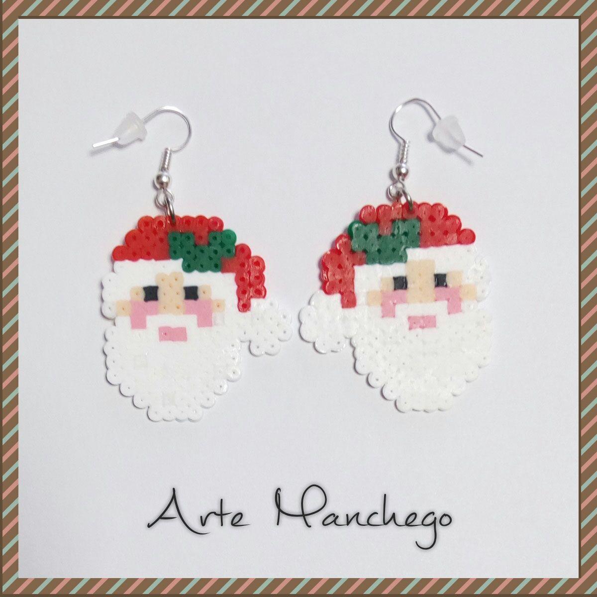 Pendientes cara Papá Noel de Hama Beads